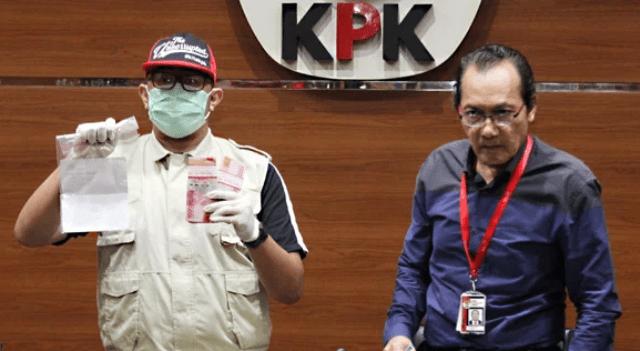 Photo of KPK Tetapkan 4 Tersangka Terkait OTT Krakatau Steel