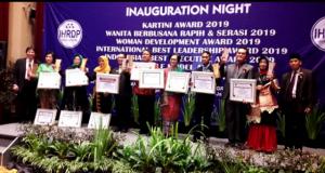 IHRDP Foundation Berikan Penghargaan Kartini Indonesia 2019, Salah Satunya Ketua STIE SAK
