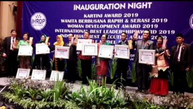 Photo of IHRDP Foundation Berikan Penghargaan Kartini Indonesia 2019, Salah Satunya Ketua STIE SAK
