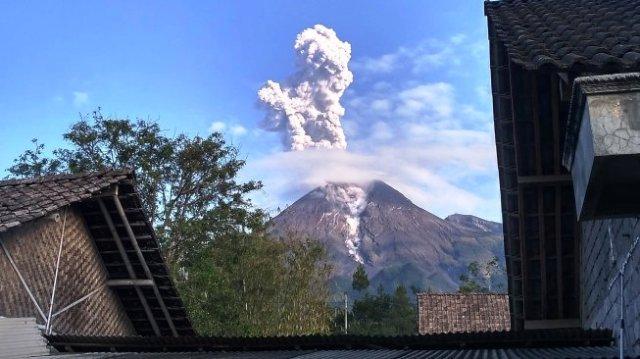 Photo of Ini Kondisi Terkini Gunung Merapi Usai Alami Letusan
