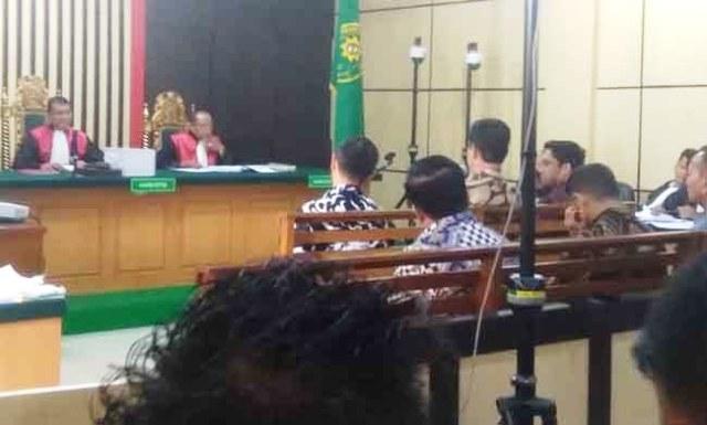 Photo of Erwan Malik: Jatah Ketuk Palu Dewan Rp 200 Juta Plus 2 Persen Fee Proyek