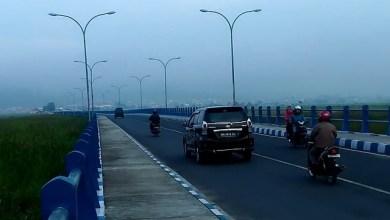 Photo of Jembatan Kerinduan Terancam Ambruk, Pengendara Diminta Tidak Parkir Diatasnya