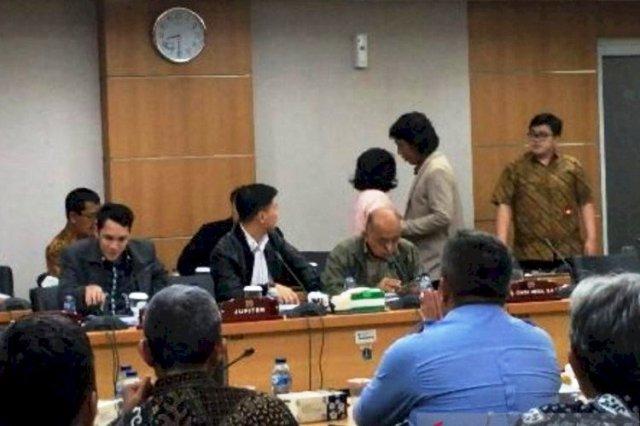 Photo of Bikin Heboh Saat Rapat Banggar Anggota DPRD Fraksi PSI Diusir
