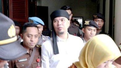 Photo of Ahmad Dhani Ingin Langsung Sungkem ke Ibu Saat Bebas Dari Lapas Cipinang
