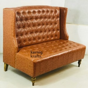 SOFA72437 High Back Three Seater Sofa With Tufted Back