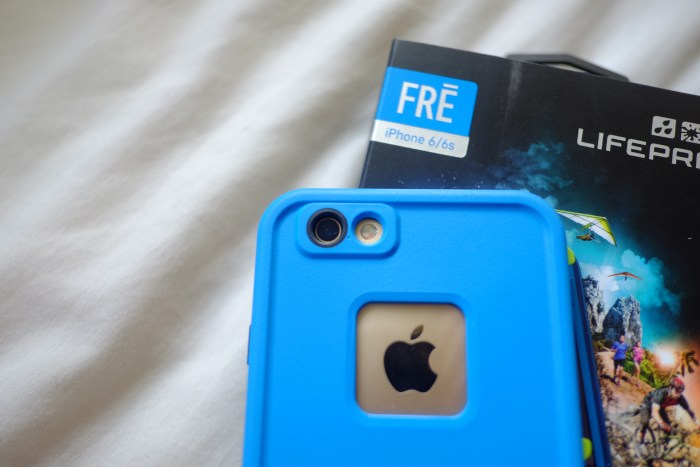 DSCF5335Lifeproof FRE blue Iphone6s