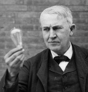 Thomas Edison (source : web)