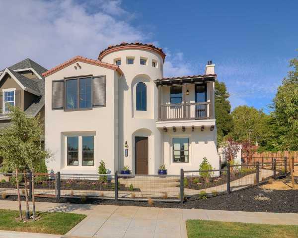 Kerrie Kelly Design Lab Vibrant Spanish Villa