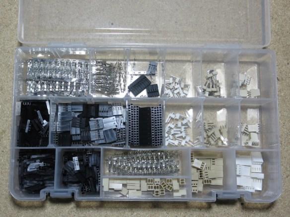 ELPH330_0231_StorageBin_VariousConnectors