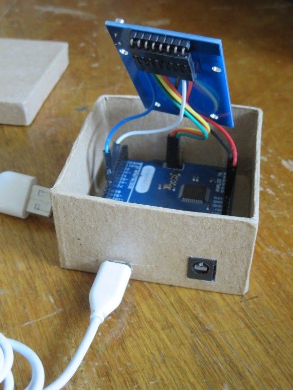 Auto Login Card Reader showing the Arduino Leonardo (clone) inside
