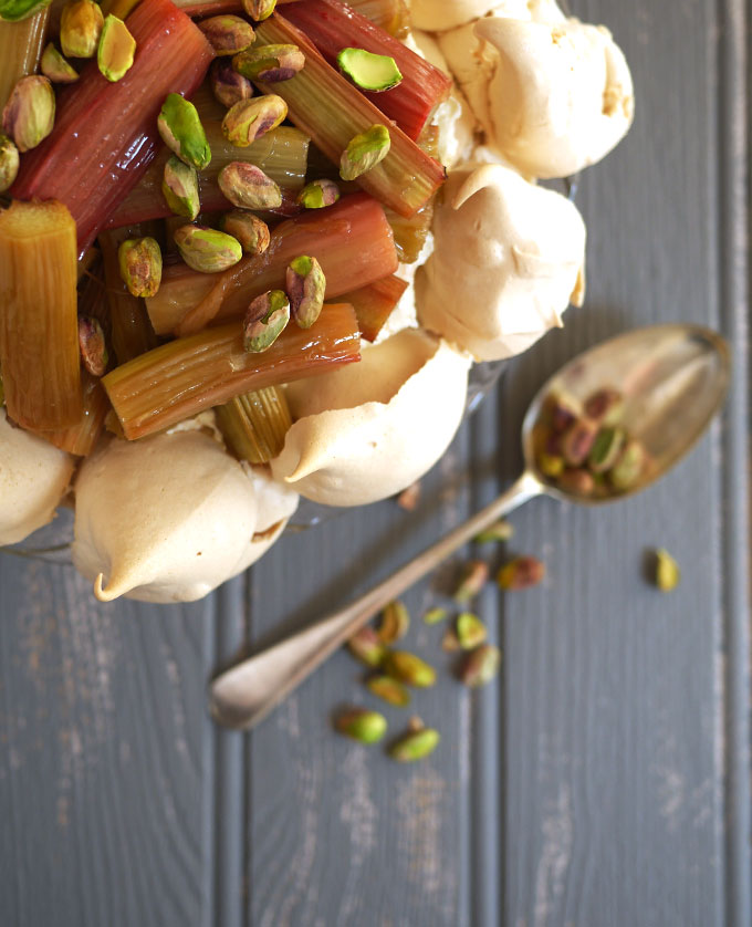 rhubarb-pavlova-honey-pistachio-overhead-spoon