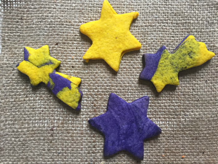 Fun and easy to make Bonfire Night Fireworks Cookies - simple sugar cookie dough coloured with gel food colouring!