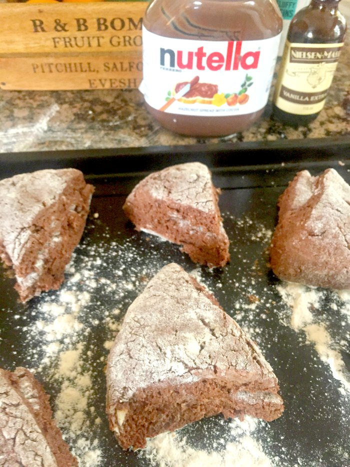 Rich chocolate hazlenut Nutella flavour - in a scone! These Easy Nutella Scones are the perfect treat for the Nutella addict in your life... Easy Nutella Scones recipe