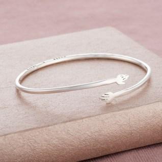 give_me_a_hug_bracelet-1_resized_for_ptd
