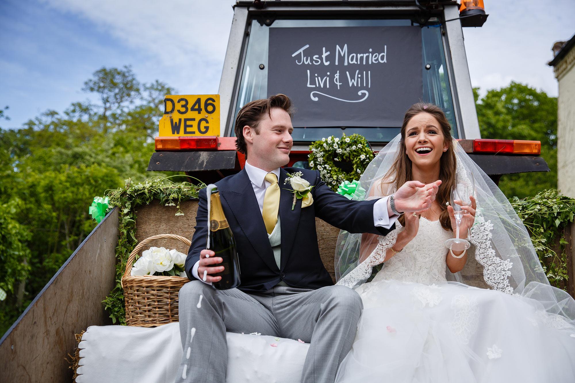 documentary wedding photographer Kent