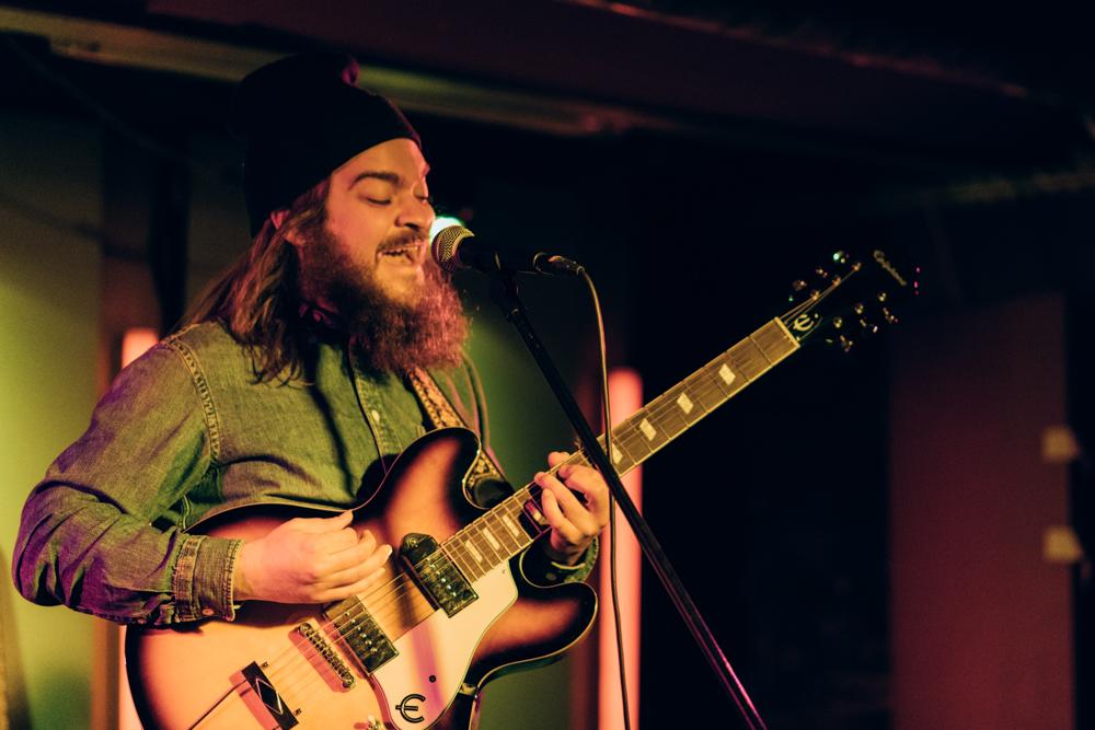 Onk Lou präsentiert brandneue Songs im Auster Club