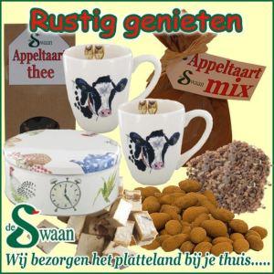 Theepakket Kerstpakket vrouw Rustig genieten - streekpakket gevuld met diverse soorten thee en boeren streekproducten - www.kerstpakkettencadeaubon.nl