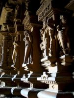 Khajuraho-India-street-photography-kersz-11