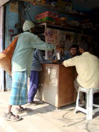 varanasi-india-asia-varanes-street-photography-kersz-12