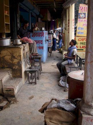 varanasi-india-asia-varanes-street-photography-kersz-61