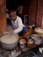 varanasi-india-asia-varanes-street-photography-kersz-87