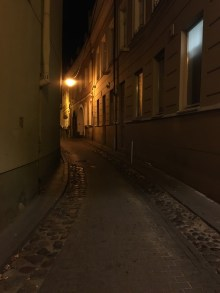 Street photography in Vilnius, Lithuania by Pablo Kersz