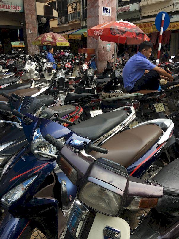Vietnam People & Culture