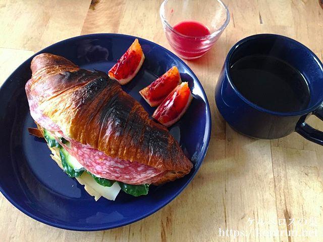 【コストコ食材活用】サラミミラノとフォルエピチーズのクロワッサンサンド