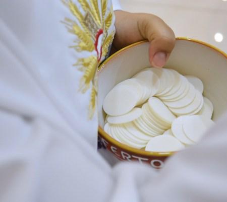 Brader les sacrements : la première communion #81