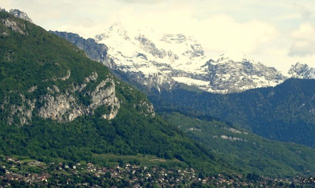 Deux heures pour flâner à Annecy…
