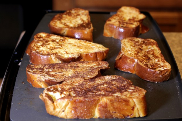 French Toast with Vanilla Butter