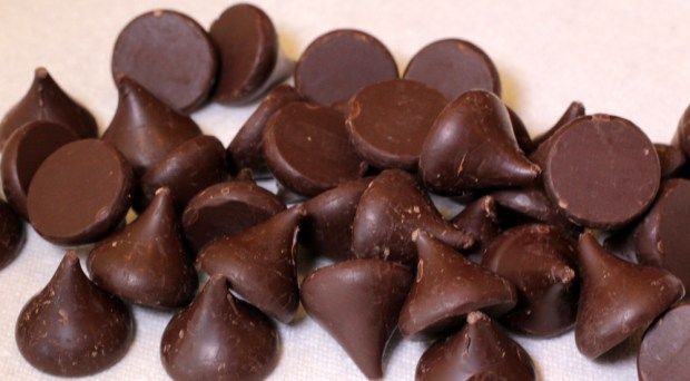 Dark Chocolate Kisses