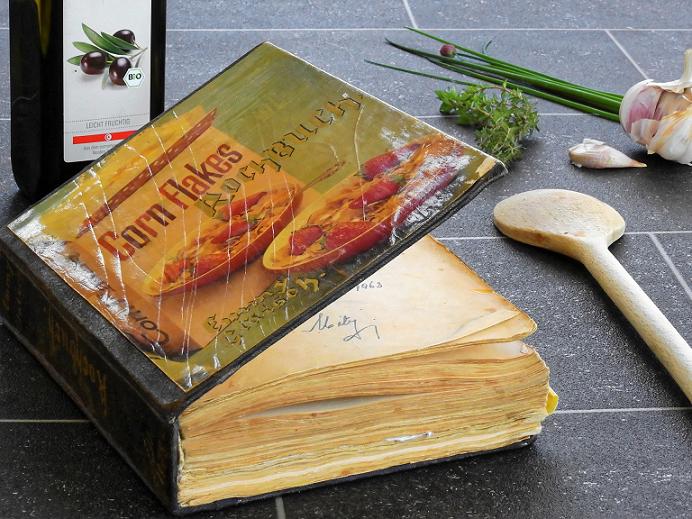 10 Free Vintage Cookbooks