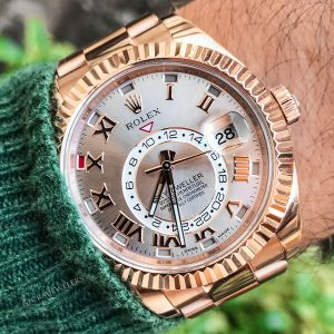 We buy rolex watches,  sell your rolex