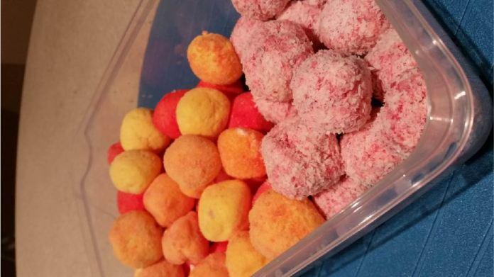 Keto Cream Cheese Jelly Balls