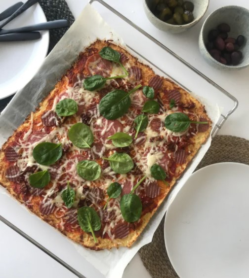 keto cauliflower pizza