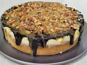 Keto Caramel Turtle Cheesecake
