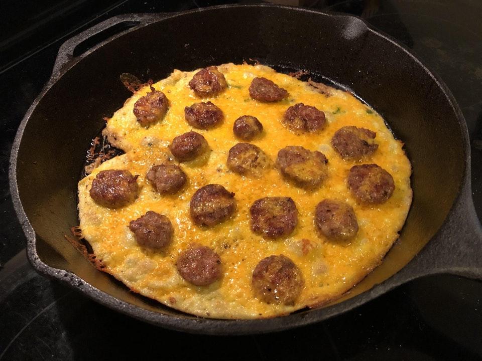 Chorizo Omelet Pizza