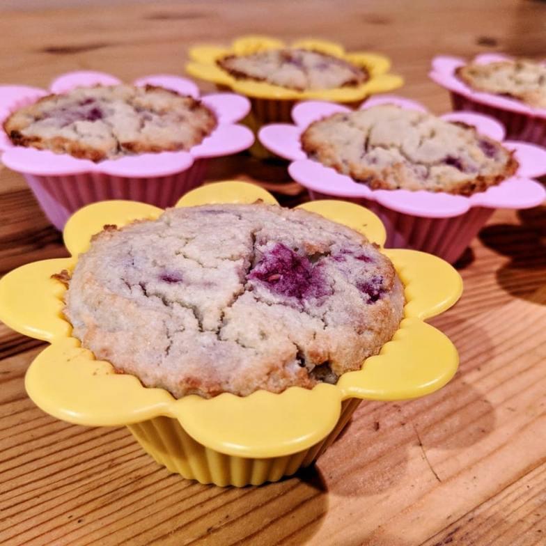 No-sweetener raspberry muffins