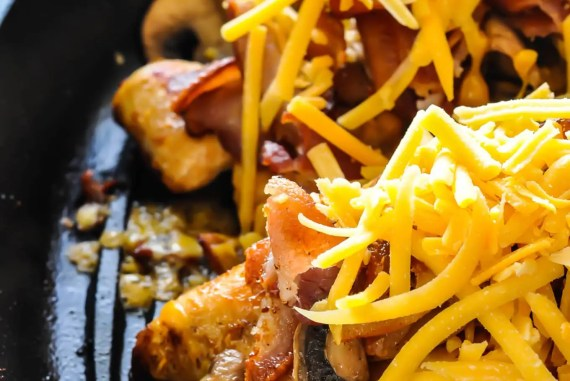 How to Make Alice Springs Chicken #keto #ketogenic #lowcarb #ketosis #chicken #recipes #bacon #cheddar #mushrooms #outback #steakhouse #atkins #protein #lchf #healthy