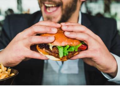 【4社比較】ハンバーガーの糖質はどれくらい?