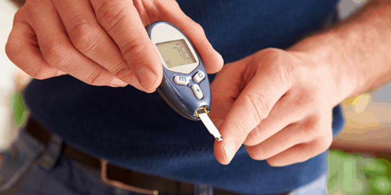 Monitoring Blood Sugar & Ketone Levels with Blood Glucose Meters