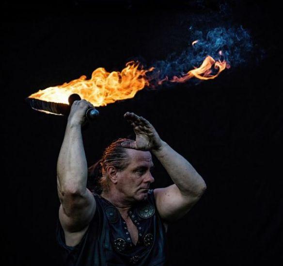 Feuerschwert Rick on fire