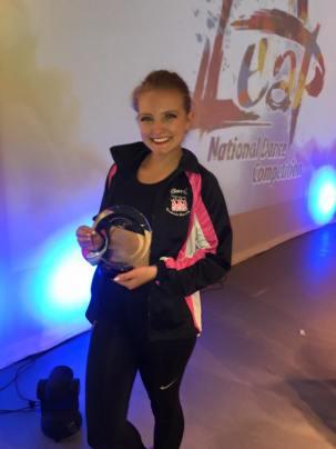 awi dance award