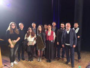 Les lauréats du concours avec le jury et l