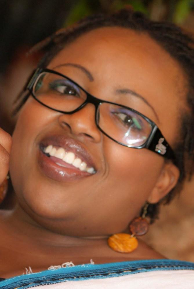 Smiles Unlimited - @IamCousCous (6/6)