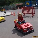 Nóri és a lego autó