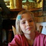 Nóri és az ő kékvirágos hajcsatja