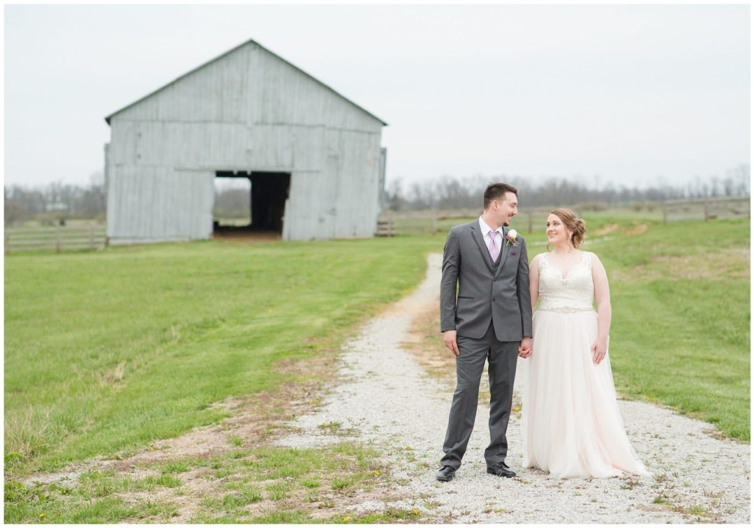 Bride and Groom Photos with a barn at Ashford Acres Inn in Cynthiana, Kentucky.