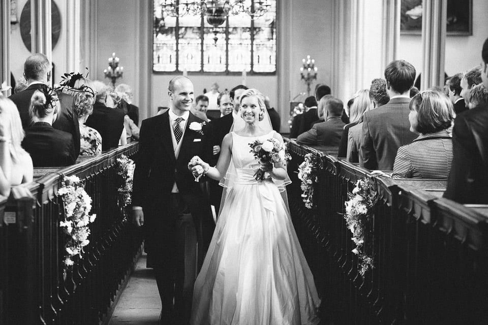 Kingscote-Barn-Wedding-007